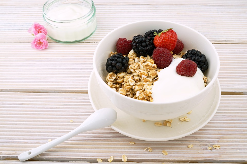 cardio and weight training - muesli yoghurt